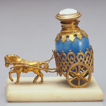 特別企画展:魅惑の香水瓶 ─貴族が愛した香りの芸術─