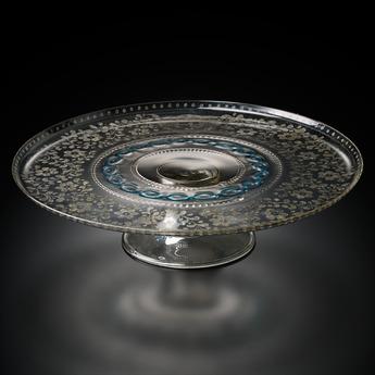 収蔵作品のご紹介:ダイヤモンド・ポイント彫りヴァンジェリスティ家紋章文コンポート