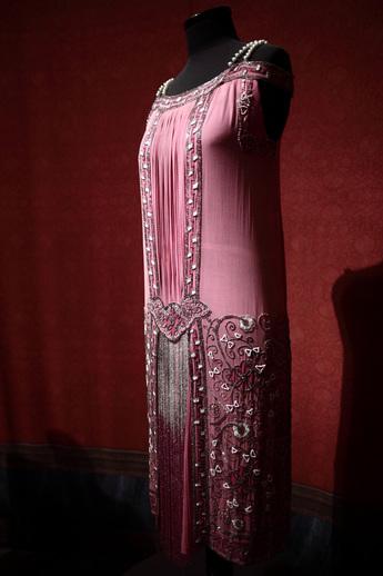 展示作品のご紹介:ビーズ装飾 イブニング・ドレス