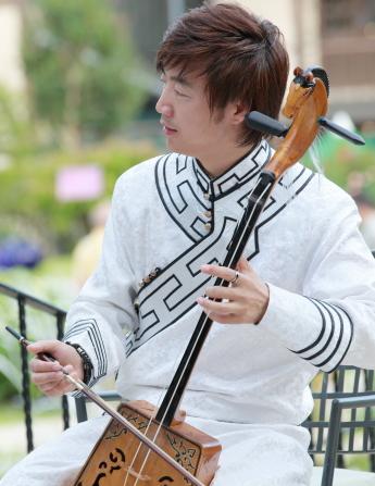 5月21日(水)開催 「セーンジャー 馬頭琴コンサート」