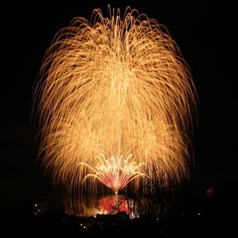 新年奉祝花火大会