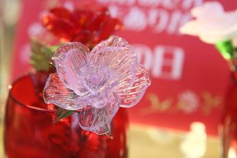 母の日のプレゼントにガラスの花