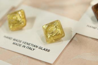 ヴェネチア製のイヤリング