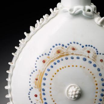 展示作品のご紹介:点彩扁瓶