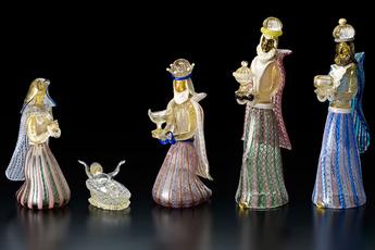 企画展「クリスマスのプレセピオと祝う人形たち」