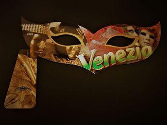 入館チケットがヴェネチア仮面形に