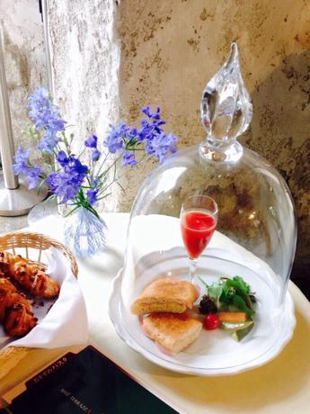 箱根ガラスの森美術館「お得な朝食プラン」