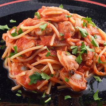 カフェ・レストランおすすめメニュー「あさりとトマトソーススパゲッティ」