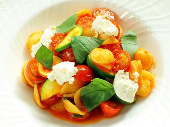 リコッタチーズとプチトマトのオリキエッテ