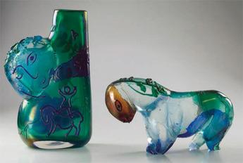 展示作品のご紹介:幻想的なアンフォラと馬
