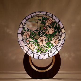 今須智哉ステンドグラス作品展『愛・光のハーモニー』開催