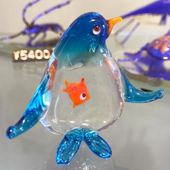 ガラスのペンギン