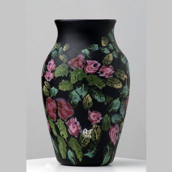展示作品のご紹介:バラ装飾モザイク・グラス花器