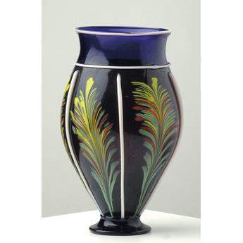 展示作品のご紹介:羽状文装飾花器
