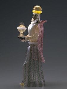 収蔵作品のご紹介 ガラスのプレセピオ「乳香を持た東方の三博士」