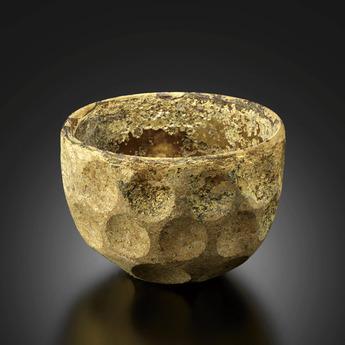 展示作品のご紹介:円形切子装飾碗